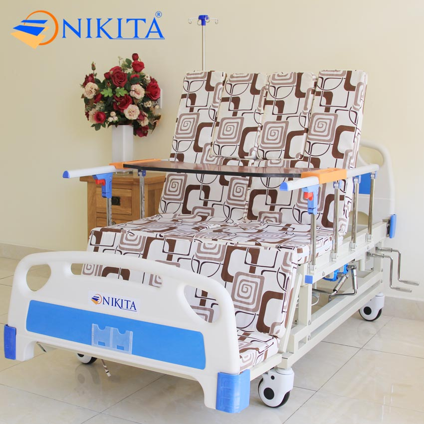 Giường y tế có bô vệ sinh NIKITA DCN04